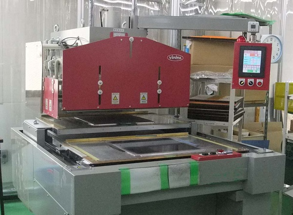 Back-and-forth sliding high-frequency welder